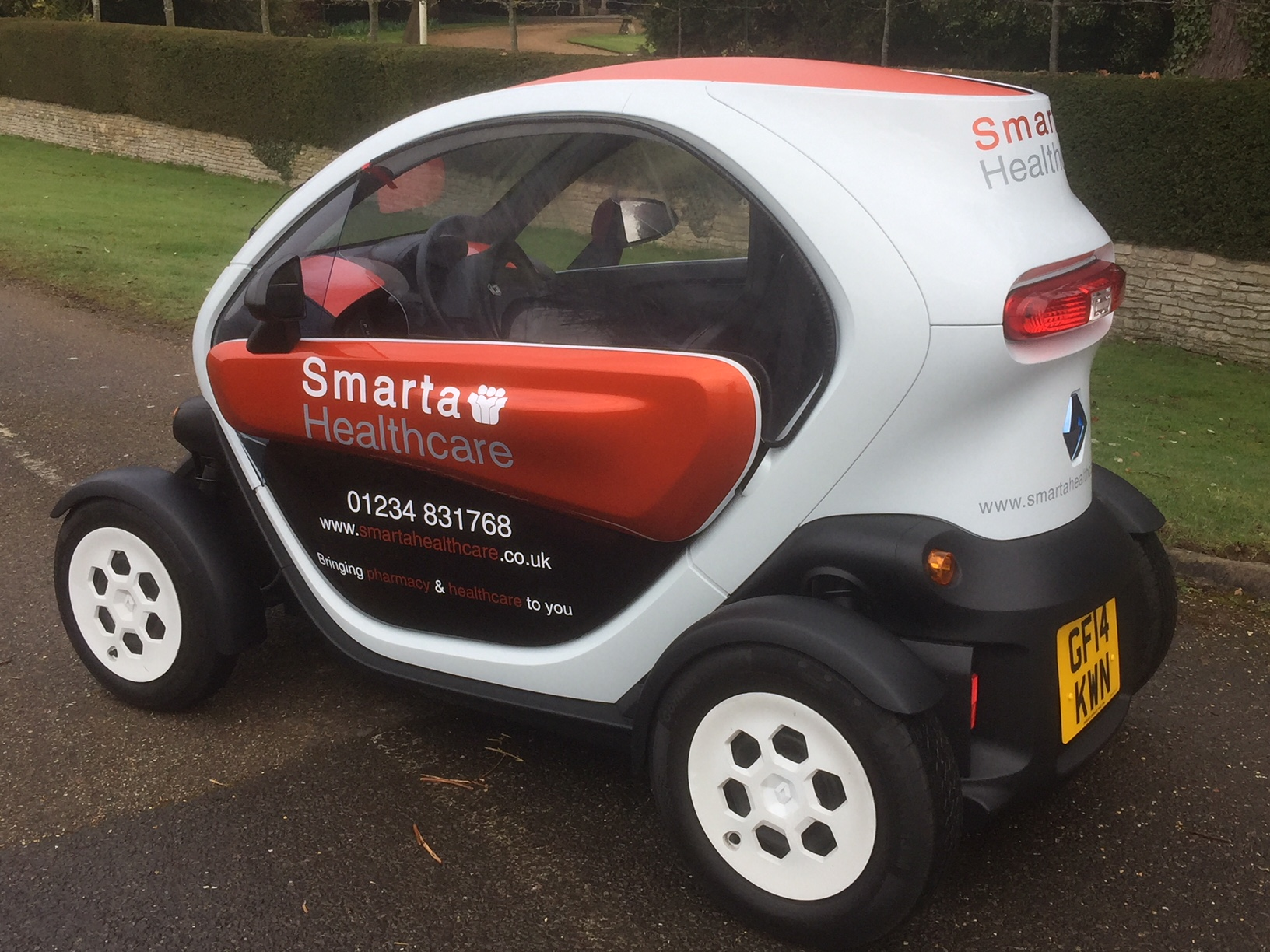 Smarta Healthcare - Pharmacy Electric Vehicle